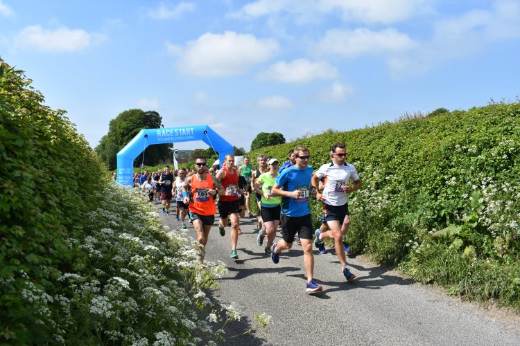 Runners at the Clanfield Challenge
