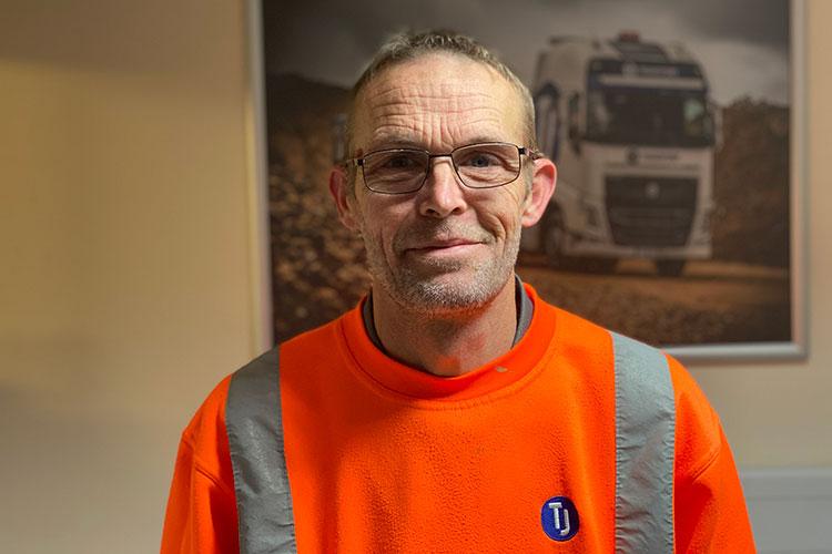 Meet Darran Carvell, Roadsweeper Driver - TJ Waste