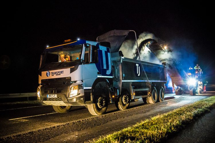 TJ Trucks on night road works